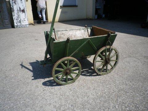 Alte Bollerwagen