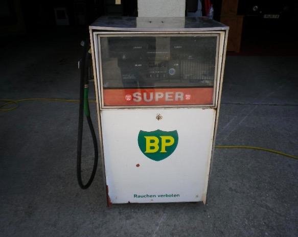 alte Zapfsäule BP Heizöl