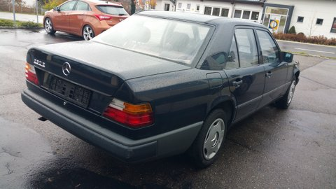 Neuzugang Mercedes E 230 Bj 1988 Tüv neu H Kennzeichen